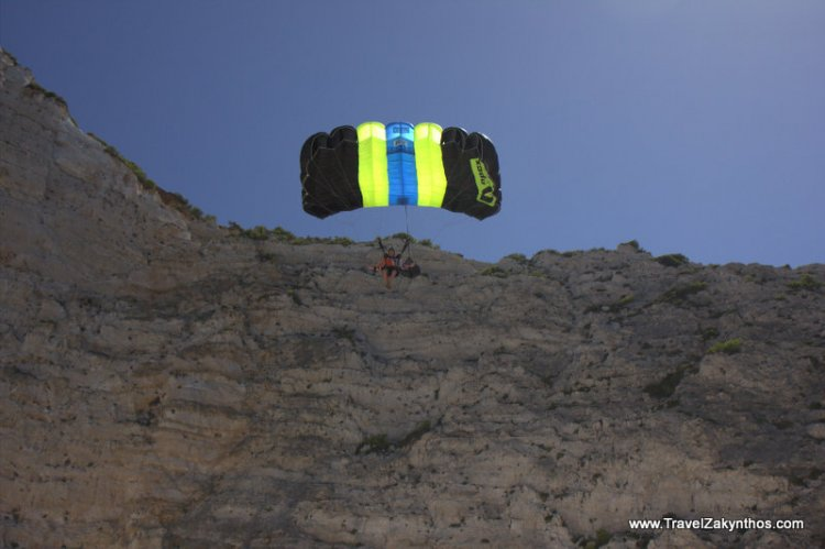 Base Jumping in Zakynthos - Click Image to Close